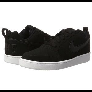 Ladies Nike Court Borough Low